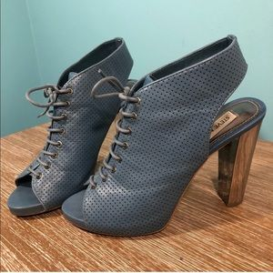 Steve Madden Blue Leather Bootie